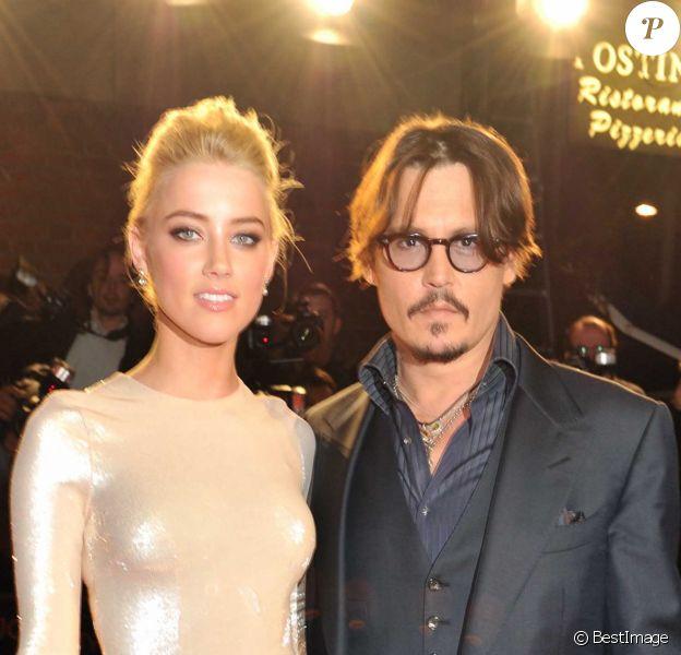 Amber Heard et Johnny Depp à l'Odeon Kensington à Londres le 3novembre 2011.