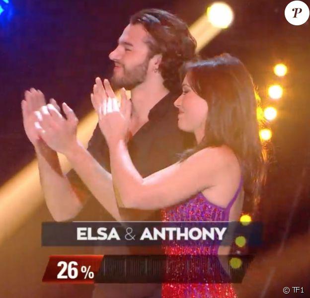 """Elsa Esnoult et Anthony Colette dans l'émission """"Danse avec les stars 10"""". TF1. Le 16 novembre 2019."""