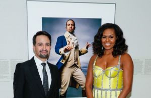 Michelle Obama époustouflante en robe jaune Schiaparelli : son look étonnant
