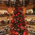 """Virginie Efira lors de l'inauguration du traditionnel grand sapin et des vitrines de Noël, autour du thème """"Ruche de Noël"""", aux Galeries Lafayette Haussmann à Paris, le 20 novembre 2019. © Guirec Coadic/Bestimage"""
