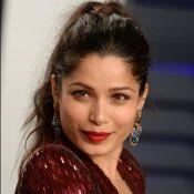 Freida Pinto : L'ex de Dev Patel, fiancée, dévoile sa bague !