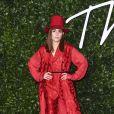 """Noomi Rapace assiste à la cérémonie des """"Fashion Awards 2019"""" au Royal Albert Hall à Londres, le 2 décembre 2019."""