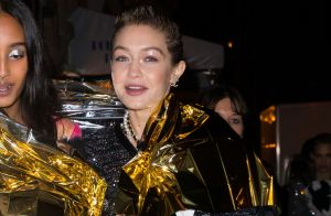 Gigi Hadid : En couverture de survie après le défilé Chanel