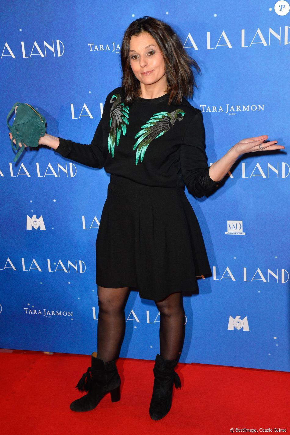 """Faustine Bollaert - Avant-première du film """"La La Land"""" au cinéma UGC Normandie à Paris, le 10 janvier 2017. © Coadic Guirec/Bestimage"""