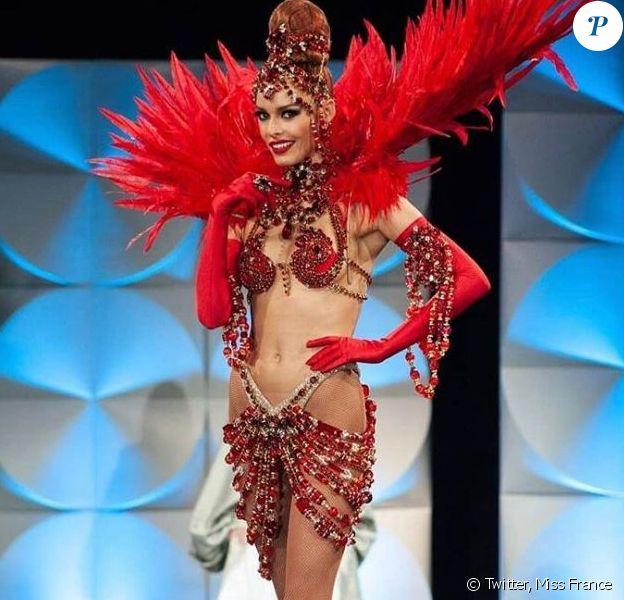 Le costume de Maëva Coucke, signé le Moulin Rouge, pour l'élection de Miss Univers 2019.