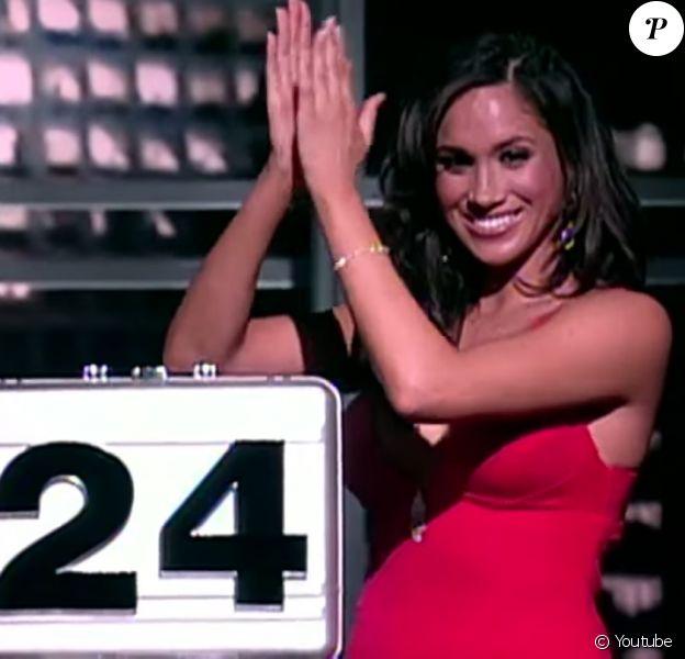 """Meghan Markle dans l'émission """"Deal or no Deal"""" diffusée sur NBC, entre 2006 et 2007."""