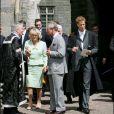 Le prince Charles, son épouse Camilla et le prince William - Remise des diplômes à l'université de St Andrews, en Ecosse, en 2005.