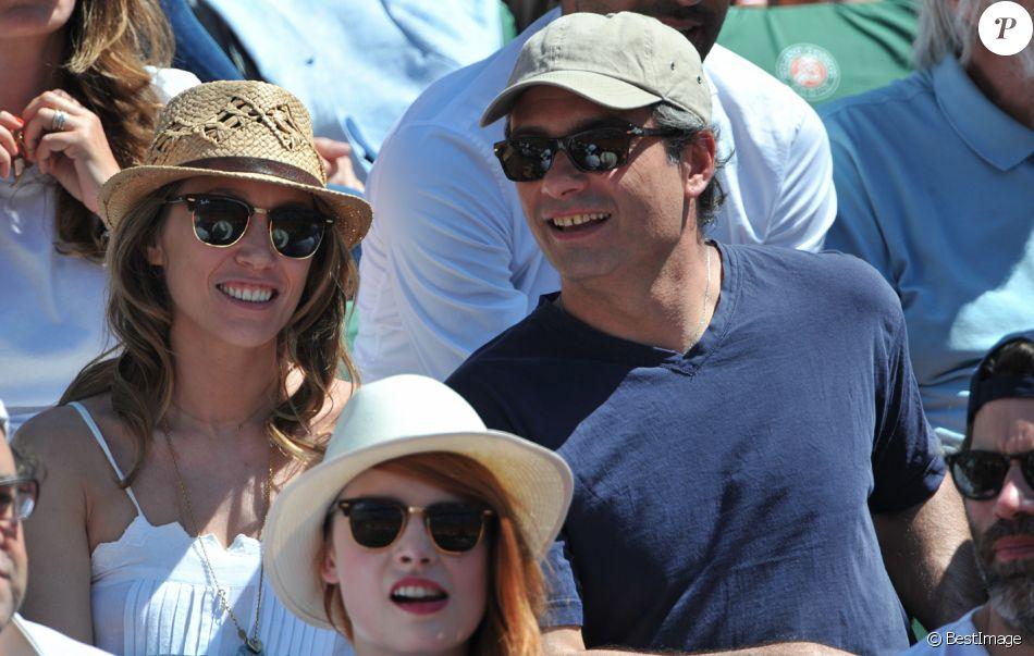 Laura Smet et Raphaël Lancrey-Javal - People aux Internationaux de France de tennis de Roland-Garros à Paris, le 6 juin 2014.