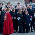 La famille royale de Norvège sur le parvis de la cathédrale d'Oslo lors des obsèques d'Ari Behn, le 3 janvier 2020. Ecrivain, artiste visuel et ex-époux de la princesse Märtha Louise de Norvège, mère de leurs trois filles, Ari Behn s'est donné la mort au moment de Noël.