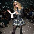 """Arielle Dombasle assiste au défilé de mode Haute-Couture printemps-été 2020 """"Alexis Mabille"""" à Paris. Le 21 janvier 2020 © Veeren Ramsamy-Christophe Clovis / Bestimage"""
