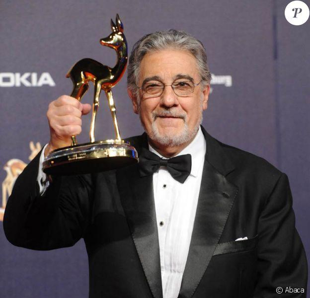 Placido Domingo, ici lors des Bambi Awards 2008, a atteint le cap des 50 ans d'une carrière pléthorique... et ce n'est pas fini !