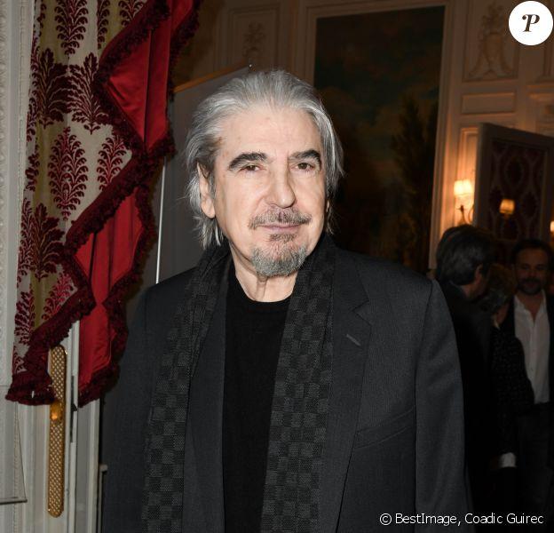 """Serge Lama - Lancement du livre """"Sardou Regards"""" de B.Kossek à l'hôtel Raphael à Paris, France, le 15 avril 2019. © Coadic Guirec/Bestimage"""