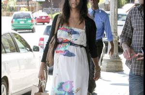 Camilla Alves est une femme enceinte fatiguée : que fait Matthew McConaughey ?!