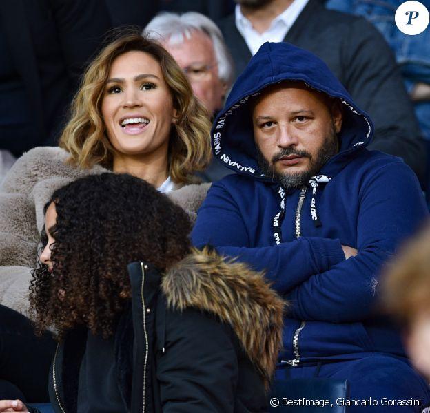 Vitaa et son mari Hicham Bendaoud dans les tribunes du match de Ligue 1 PSG 5-0 Montpellier au Parc des Princes à Paris le 1 février 2020 © Giancarlo Gorassini / Bestimage