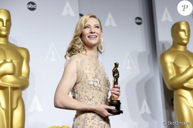 """Cate Blanchett (Oscar de la meilleure actrice pour le rôle de Jasmine dans le film """"Blue Jasmine"""") (bijoux Chopard) - 86ème cérémonie des Oscars à Hollywood, le 2 mars 2014."""