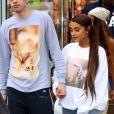 Exclusif - Ariana Grande et Pete Davidson aperçus dans les rues de New York. Le 21 aout 2018.