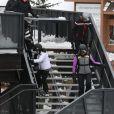 """Exclusif - Joy Hallyday, Jade Hallyday et Mathilde Balland avec Ghislaine Stouvenot (la femme de Phlippe Stouvenot) - Laeticia Hallyday et son compagnon Pascal Balland lors d'une journée au ski à la station """"Big Sky"""" dans le Montana avec leurs filles respectives, le 16 février 2020."""