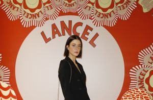 Jenifer danse à la Fashion Week, devant Maëva Coucke et Élodie Frégé