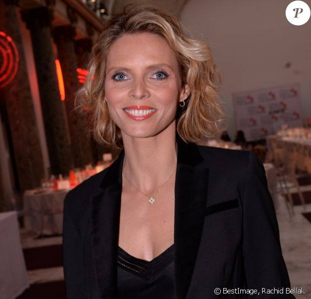 "Sylvie Tellier (Miss France 2002 et présidente du comité Miss France) lors du déjeuner d'affaires ""Edition Spéciale Femmes"" de la 5ème édition du Chinese Business Club à l'occasion de la journée internationales des droits des femmes au Pavillon Cambon Potel et Chabot, à Paris, France, le 9 mars 2020. © Rachid Bellak/Bestimage"