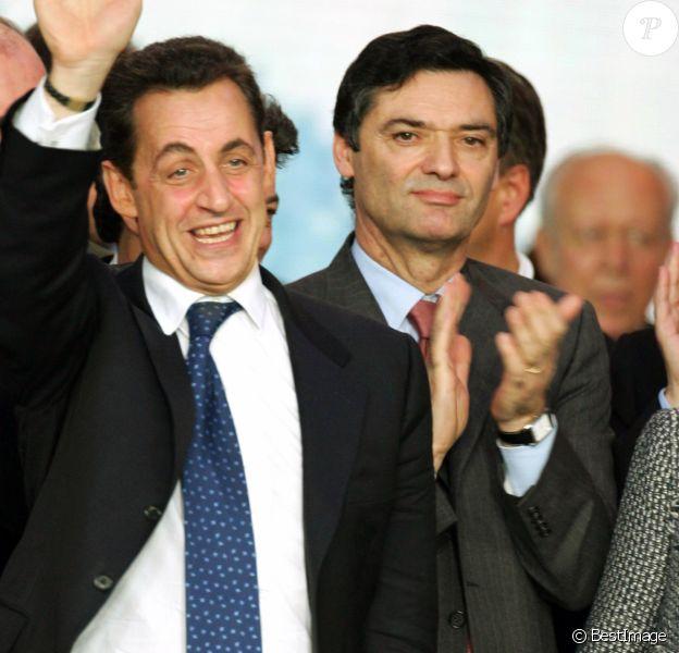 François Fillon, Nicolas Sarkozy, Patrick Devedjian - Nicolas Sarkozy est élu président de l'UMPP lors du congrès de l'UMP du Bourget le 28 novembre 2004.