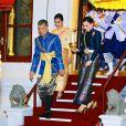 Le roi Rama X accompagné de sa femme la reine Suthida lors de son couronnement à Bangkok en Thaïlande, le 4 mai 2019.