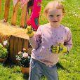 La princesse Gabriella de Monaco dans le jardin de Roc Agel prêt pour Pâques, photo partagée le 10 avril 2020 sur le compte Instagram de la princesse Charlene de Monaco.