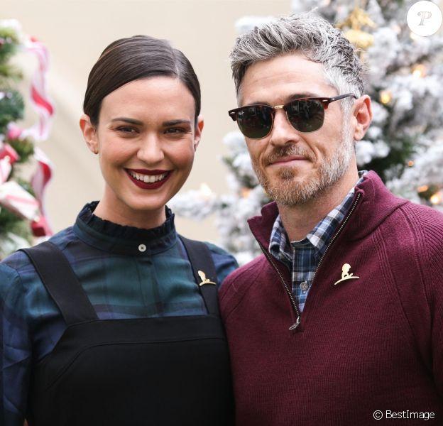 """Odette Annable avec son mari Dave Annable - Les célébrités posent lors de la soirée """"Brooks Brothers Annual Holiday Celebration"""" à Los Angeles on december 9, 2018."""