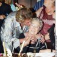 Johnny Hallyday et Odette - Anniversaire de l'arrière grand-mère de Laeticia, en 2003