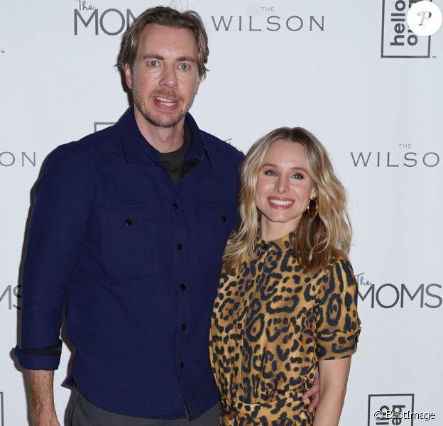 Kristen Bell (porte une combinaison imprimé léopard) et son mari Dax Shepard au lancement de Hello Bello organisé par The MOMS à New York City, New York, Etats-Unis, le 25 février 2019.
