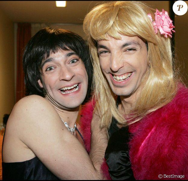 """Doudi et Pepess - Samantha et Chantal de la série """"Samantha Oups !"""" sur France 2 - Enregistrement de l'émission """"Le plus grand cabaret du monde. Paris. Le 26 avril 2006."""