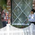 Exclusif - Sandra Bullock, son compagnon Bryan Randall et son fils Louis à Los Angeles, le 8 mars 2020, lors de la pandémie de coronavirus.