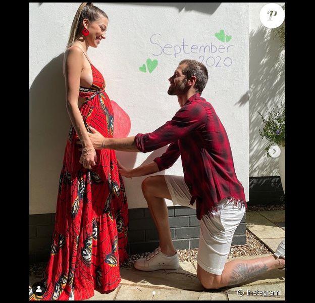 """Camille (ex-candidate de """"Koh-Lanta"""" en 2012) et son mari le footballeur Morgan Schneiderlin vont devenir parents pour la deuxième fois."""