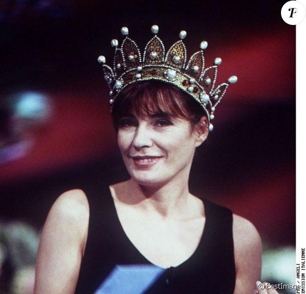 Patricia Millardet invitée dans une émission de variétés italiennes, le 23 novembre 1995.