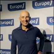 Quand Nicolas Canteloup parodie la conférence de rentrée d'Europe 1... c'est à hurler de rire ! Regardez !