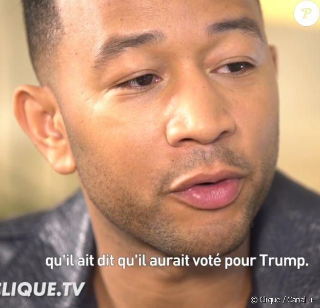 """John Legend en interview avec Mouloud Achour dans l'émission """"Clique"""" sur Canal+ le 14 décembre 2016"""