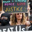 Paris Jackson participe à la manifestation contre le racisme et les violences policières, avec le mouvement Black Lives Matter en mémoire de George Floyd. Los Angeles, le 1er juin 2020. George Floyd a été asphyxié par plaquage au sol lors de son arrestation à Minneapolis, le 25 mai 2020.