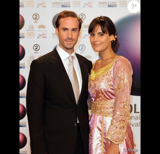 Joseph Fiennes et sa femme Maria Dolores au festival d'Abu Dhabi en octobre 2008