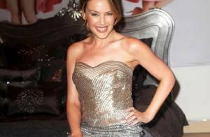 Kylie Minogue nous invite une fois encore à nous coucher avec elle... en pleine journée !