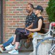 """Exclusif - Taylor Schilling (""""Orange Is The New Black"""") et le producteur Chioke Nassor s'amusent et se chamaillent dans les rues de New York, le 28 juillet 2019."""