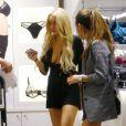 """""""Lindsay Lohan en plein shopping à New York avec une tenue à revoir !"""""""
