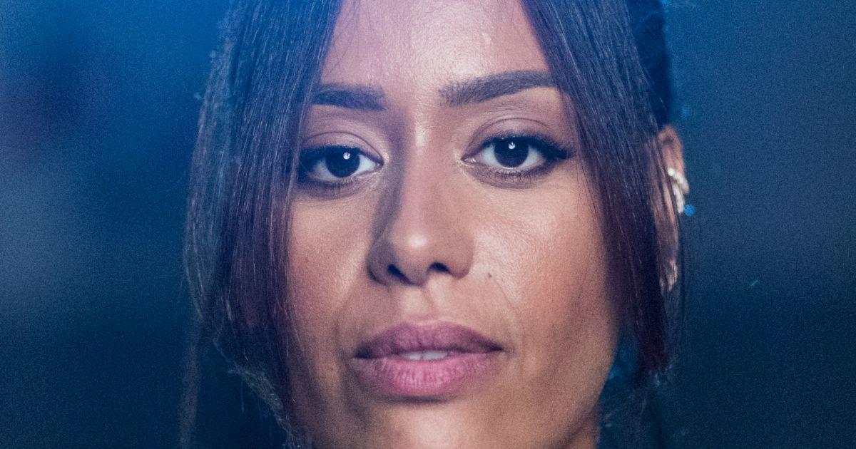 Amel Bent : Son mari condamné, tendre moment réconfort avec ses filles