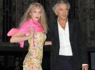 Arielle Dombasle et Bernard-Henri Lévy amoureux à Milan : apparition glamour