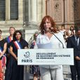 Eva Darlan - Cérémonie de recueillement en souvenir des victimes de féminicides sur le parvis de l'hôtel de ville à Paris le 28 août 2019. © Giancarlo Gorassini / Bestimage