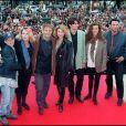 """Hélène Le Moignic, Thierry Redler, Christiane Jean, Vincent Latorre, Wendy Malpeli et Gérard Vivès - L'équipe des """"Filles d'à côté"""" au MIP TV à Cannes, en 1994"""