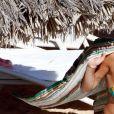 Rita Ora profite d'un après-midi ensoleillé sur une plage d'Ibiza. Le 7 août 2020.
