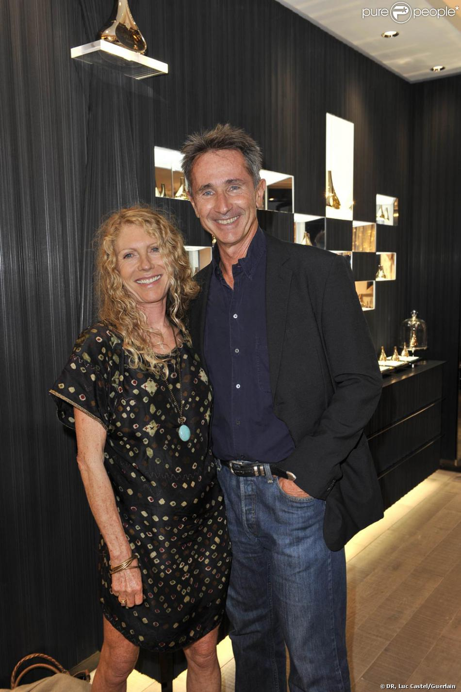 thierry lhermitte et son pouse h l ne la soir e. Black Bedroom Furniture Sets. Home Design Ideas