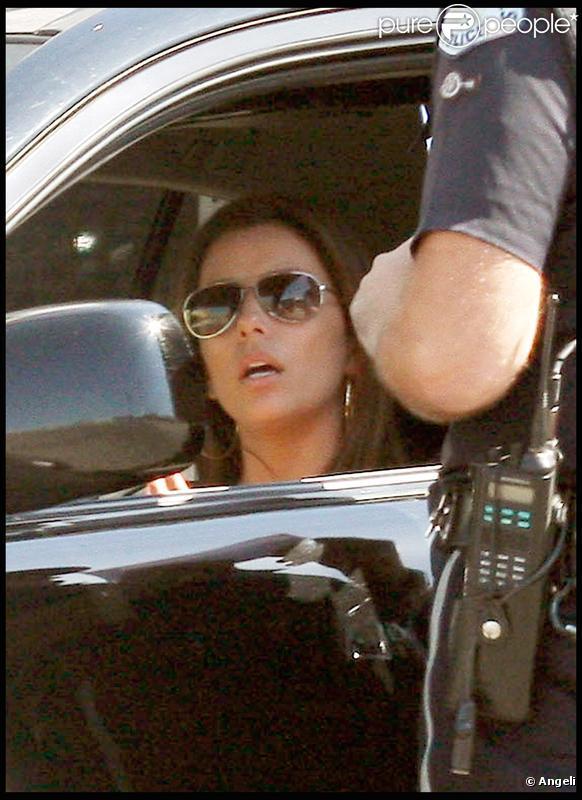 Eva Longoria en train de se faire arrêter à Los Angeles le 16/09/09