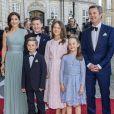Le prince Frederik de Danemark, la princesse Mary, leurs enfants le prince Christian, la princesse Isabella, le prince Vincent et la Princesse Josephine - Dîner donné par la reine M. de Danemark à l'occasion des 50 ans du prince J. de Danemark au château de Amalienborg à Copenhague le 7 juin 2019