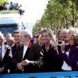 Bertrand Delanoë, Frédéric Mitterrand, Jacques Lang et Valérie Pécresse, en tête de cortège pour la 11e Techno Parade, le 19 septembre 2009.