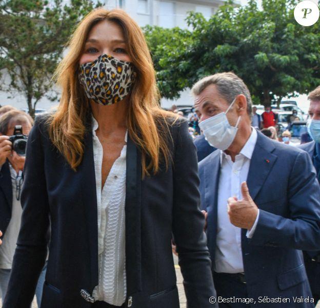 Carla Et Nicolas Sarkozy Avec Leur Fille Giulia Pour Un Mariage A La Baule Purepeople